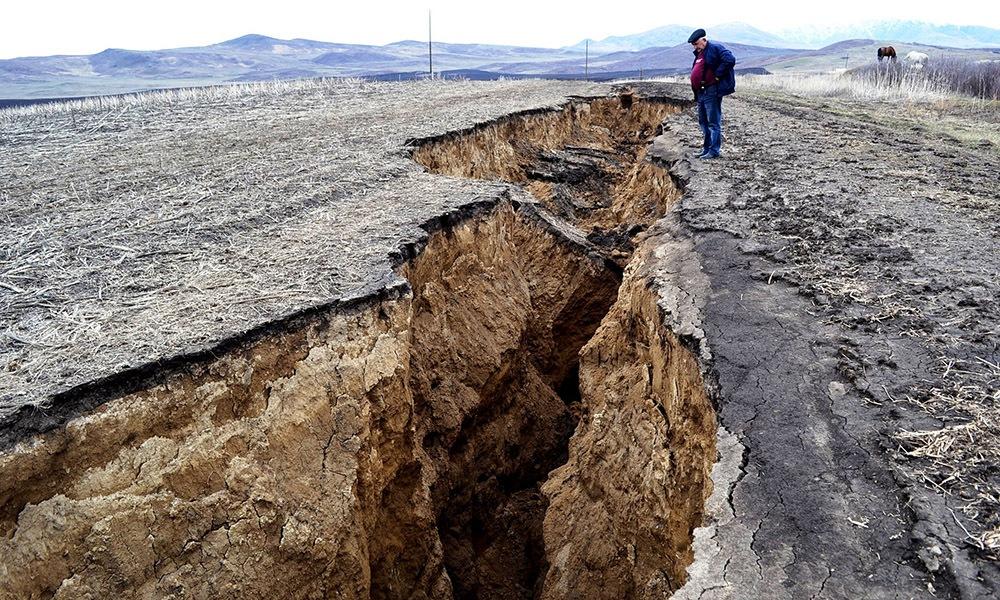 6,8 Büyüklüğünde Olan Deprem Geride Büyük Yaralar Bırakabilir