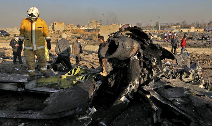 Ukrayna Havayollarına Ait Uçağın İran'da Düşmesi