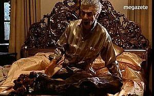 Jack Woltz'ın yatağındaki at kafası gerçek olduğunu biliyor muydunuz-min